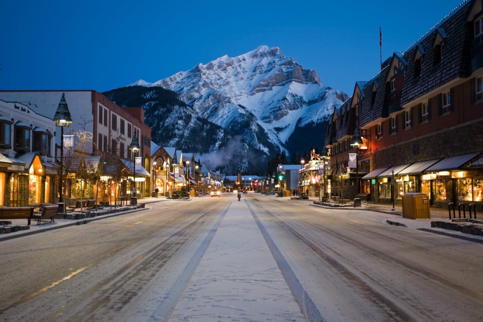 Banff Winter Ski Destination SkiBookings.com