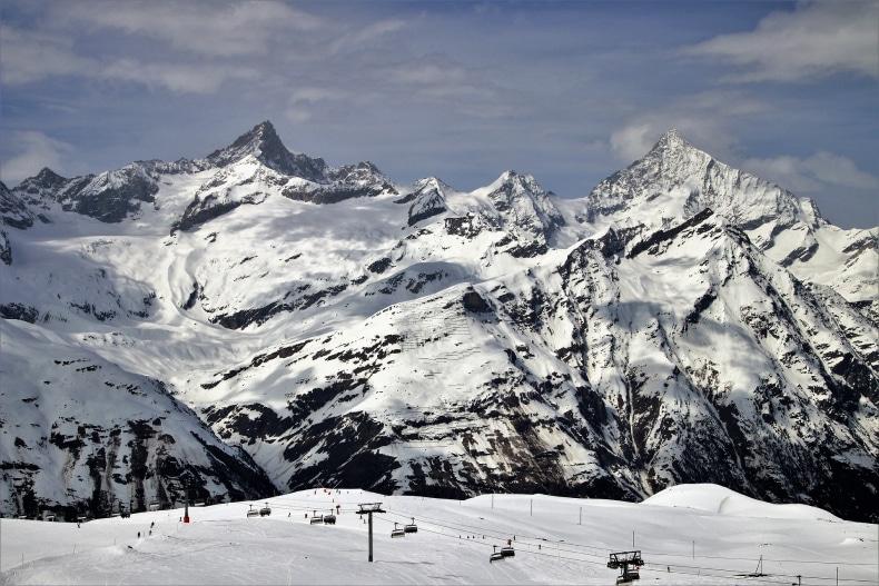 Zermatt Ski Resort Train Skier SkiBookings.com