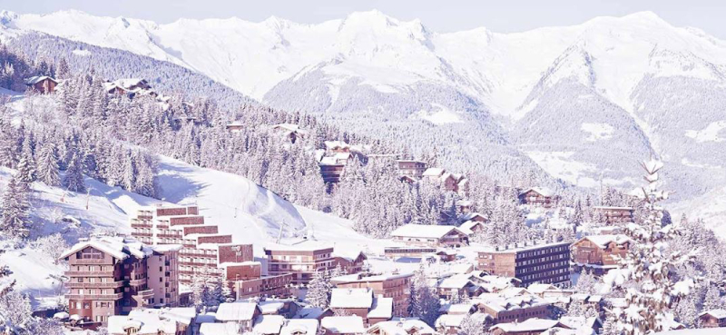 Courchevel Ski Area Village SkiBookings.com